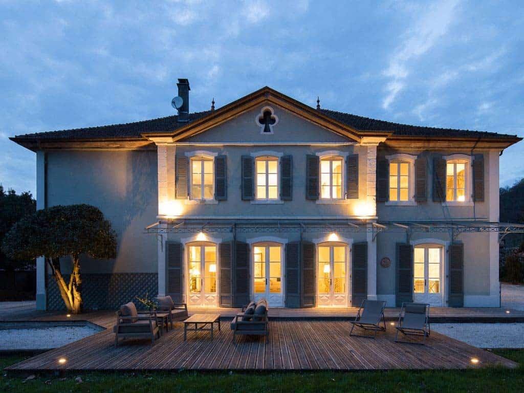 maison-bambou-french-villa-exterior