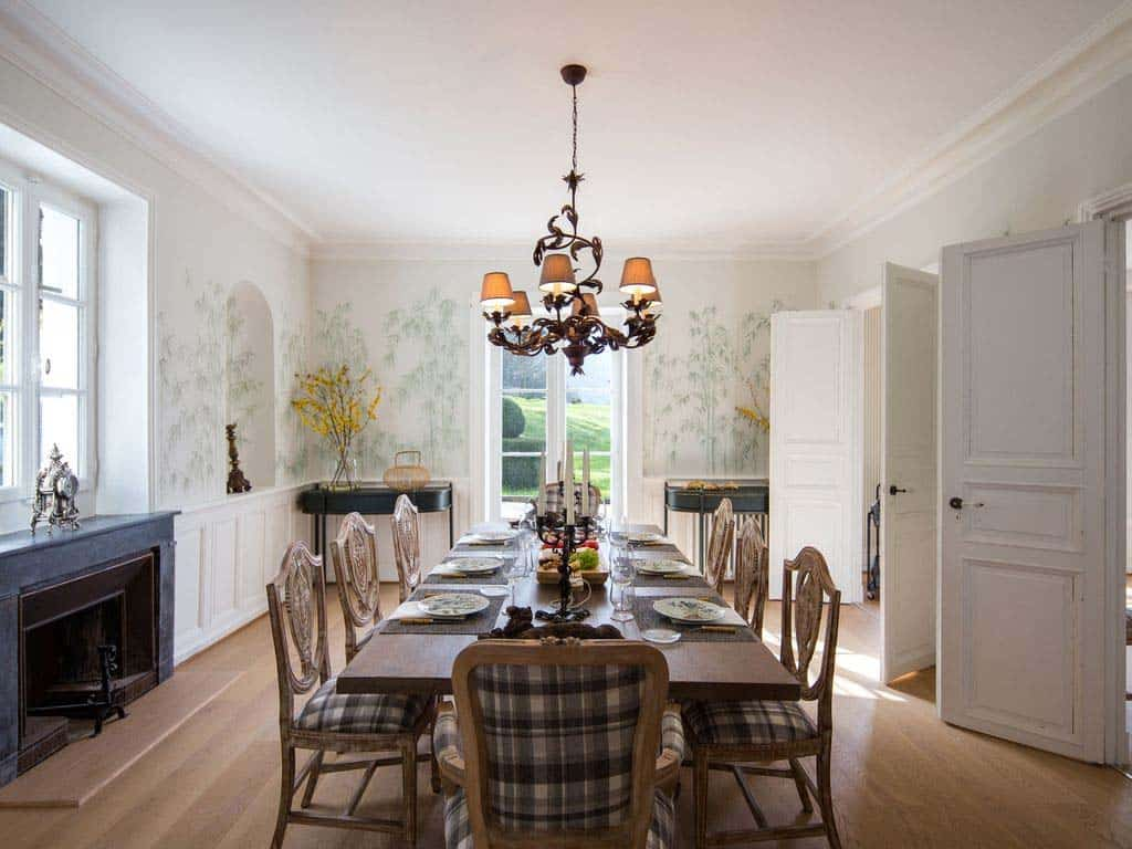 maison-bambou-french-villa-dining-room