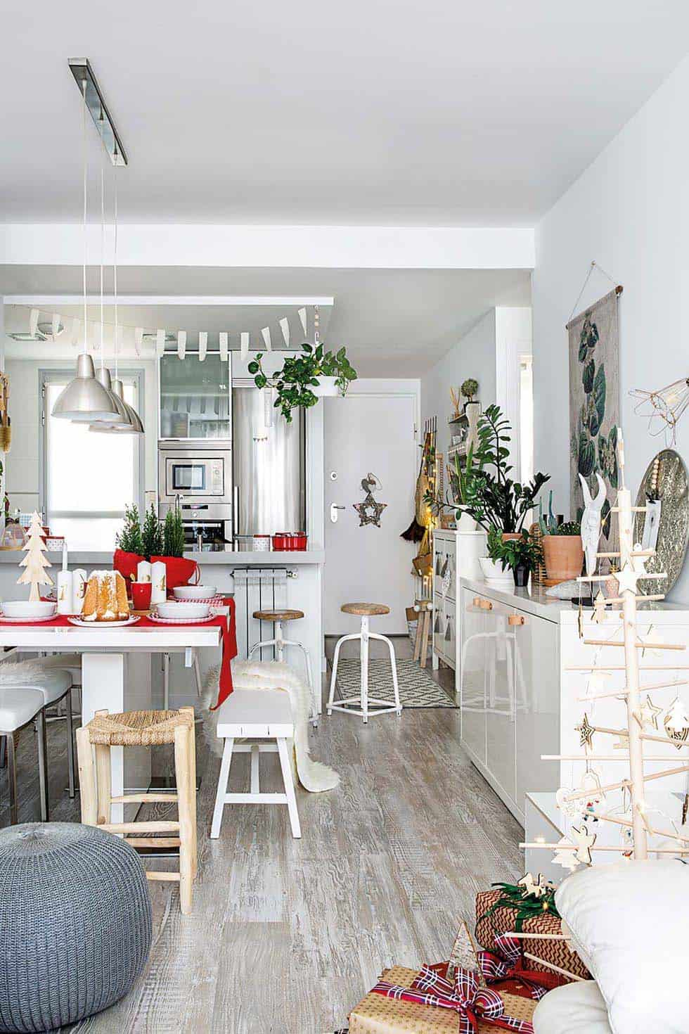 nordic-decorated-christmas-kitchen