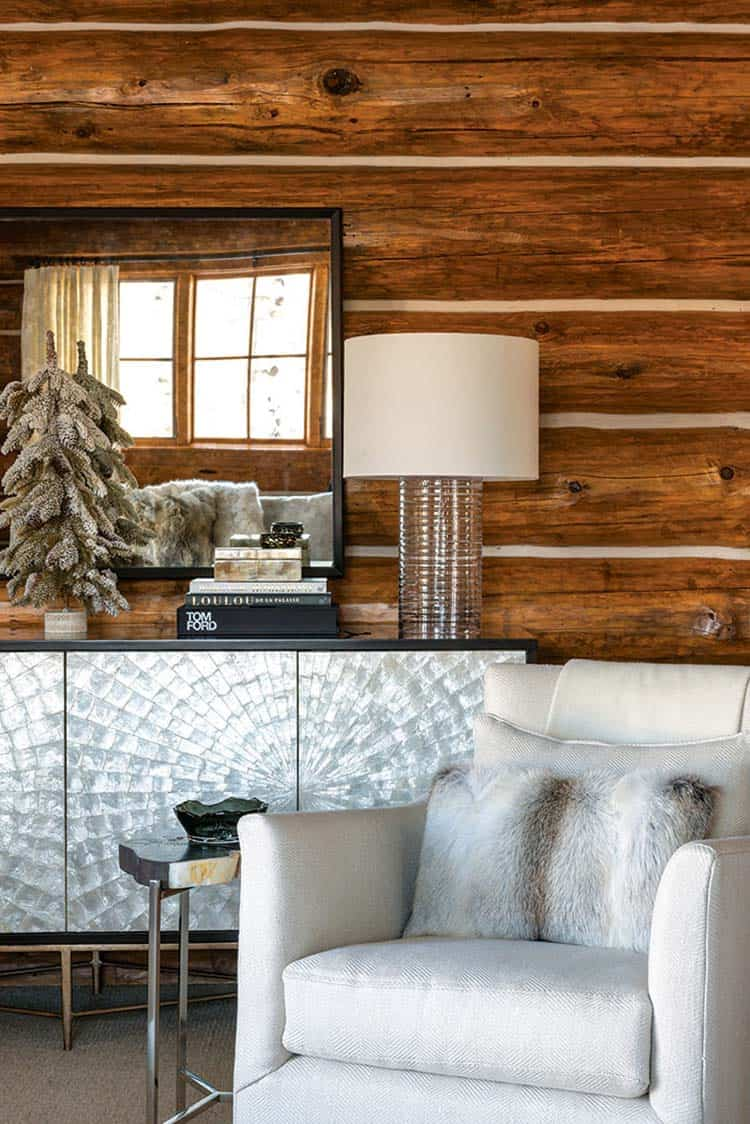 christmas-decorated-log-cabin-bedroom