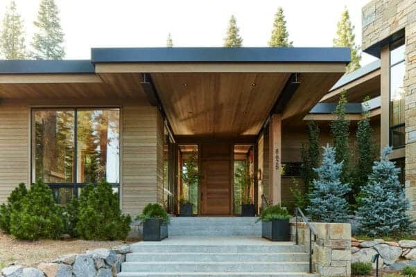 featured posts image for Mountain-chic contemporary getaway frames gorgeous Tahoe views