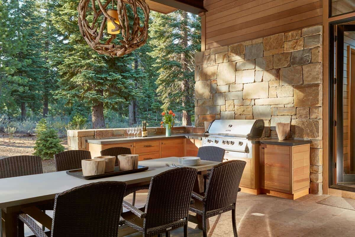 contemporary-mountain-home-covered-patio