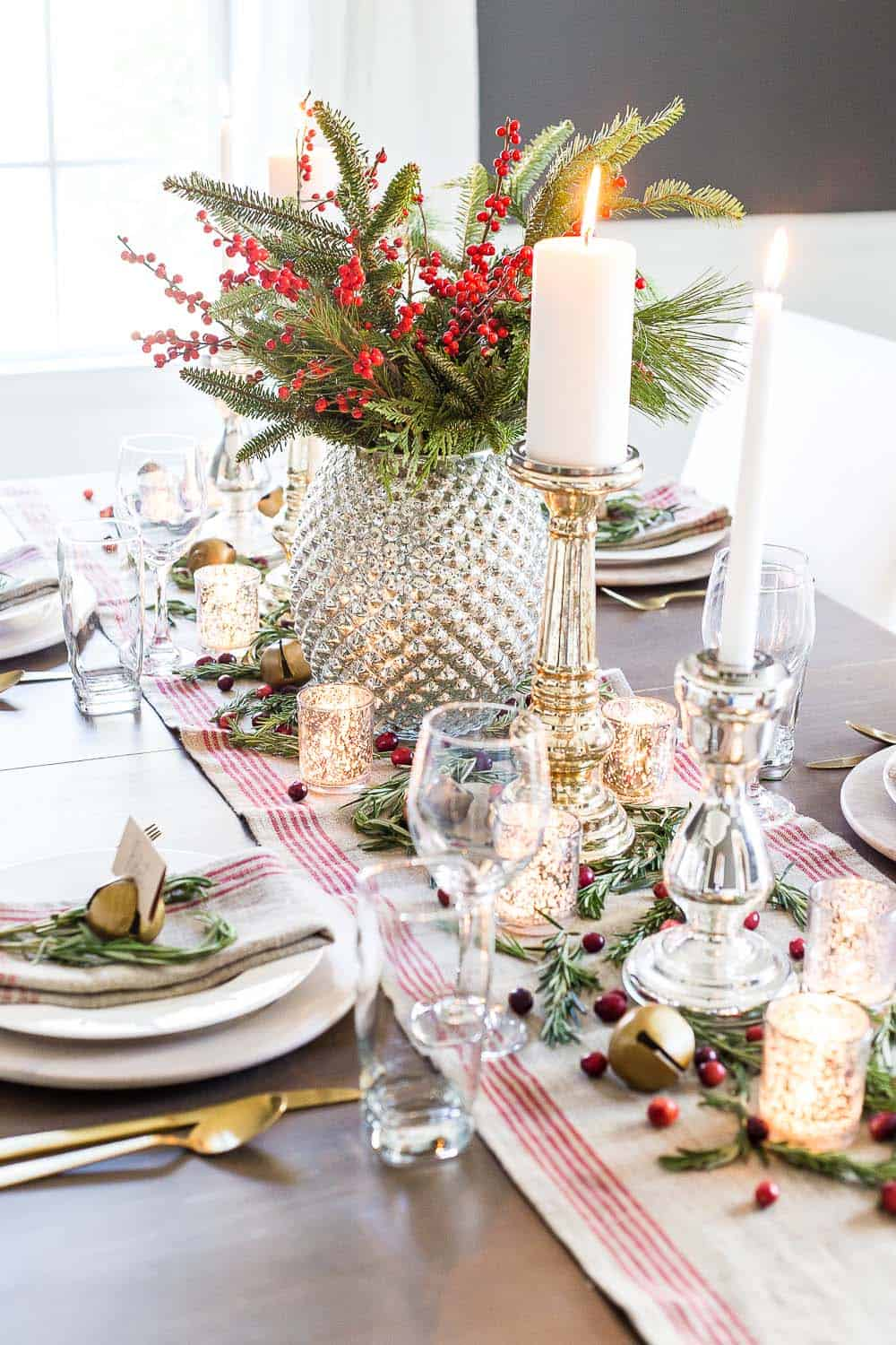 gorgeous-christmas table-centerpiece-mercury-glass
