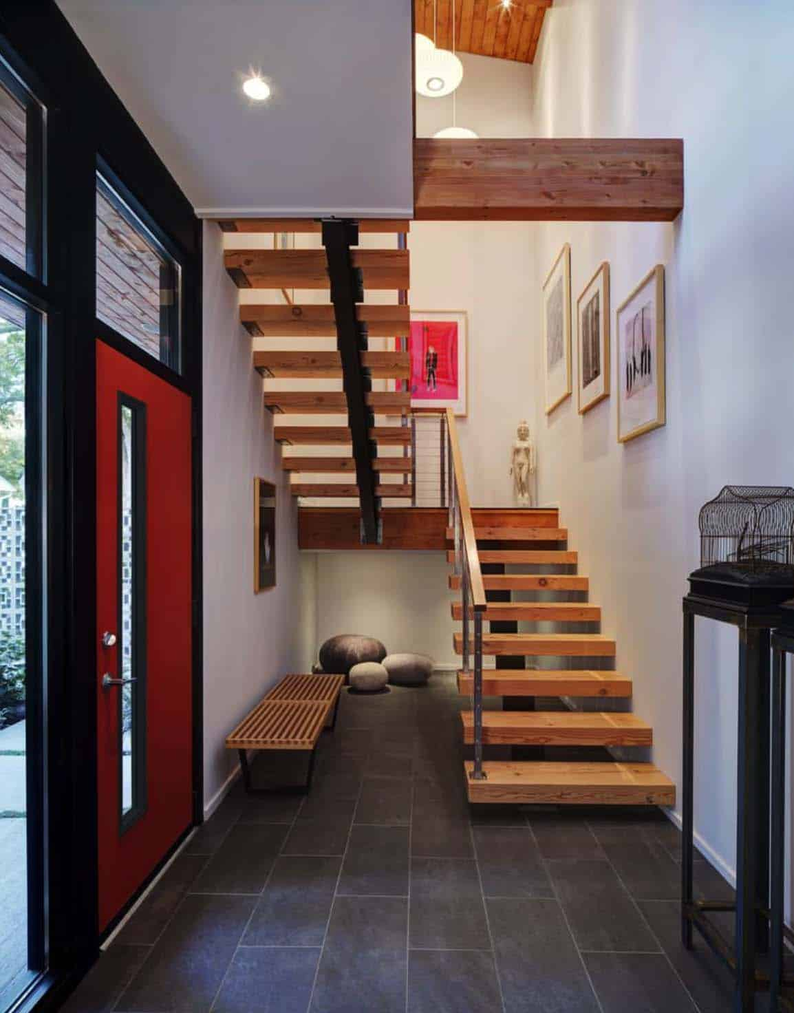 courtyard-house-contemporary-entry