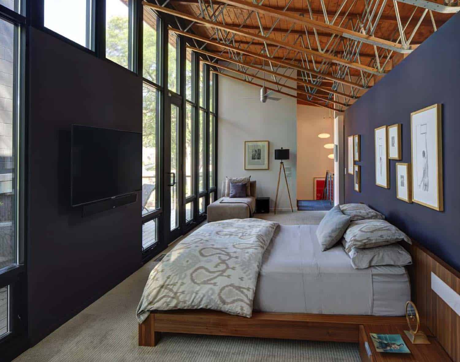 courtyard-house-contemporary-bedroom