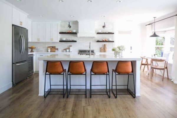 featured posts image for California home gets transformed into beautiful modern farmhouse style