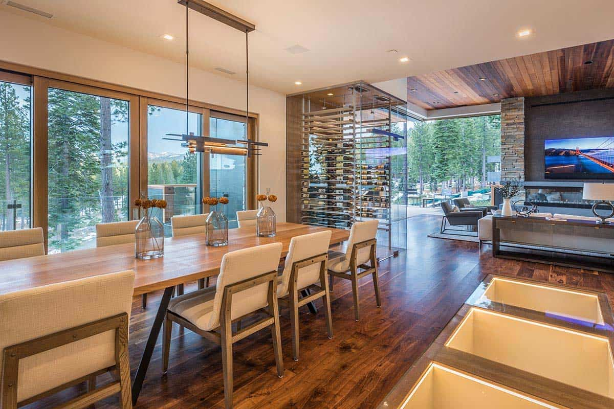 modern-mountain-home-dining-room