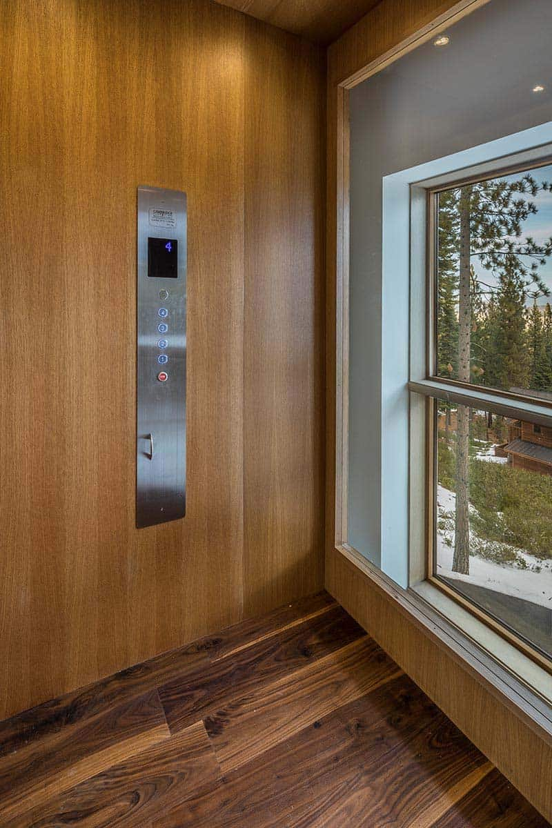 modern-mountain-home-elevator