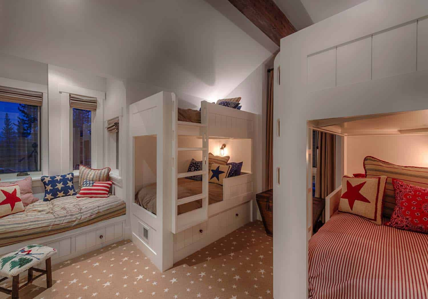 traditional-kids-bedroom