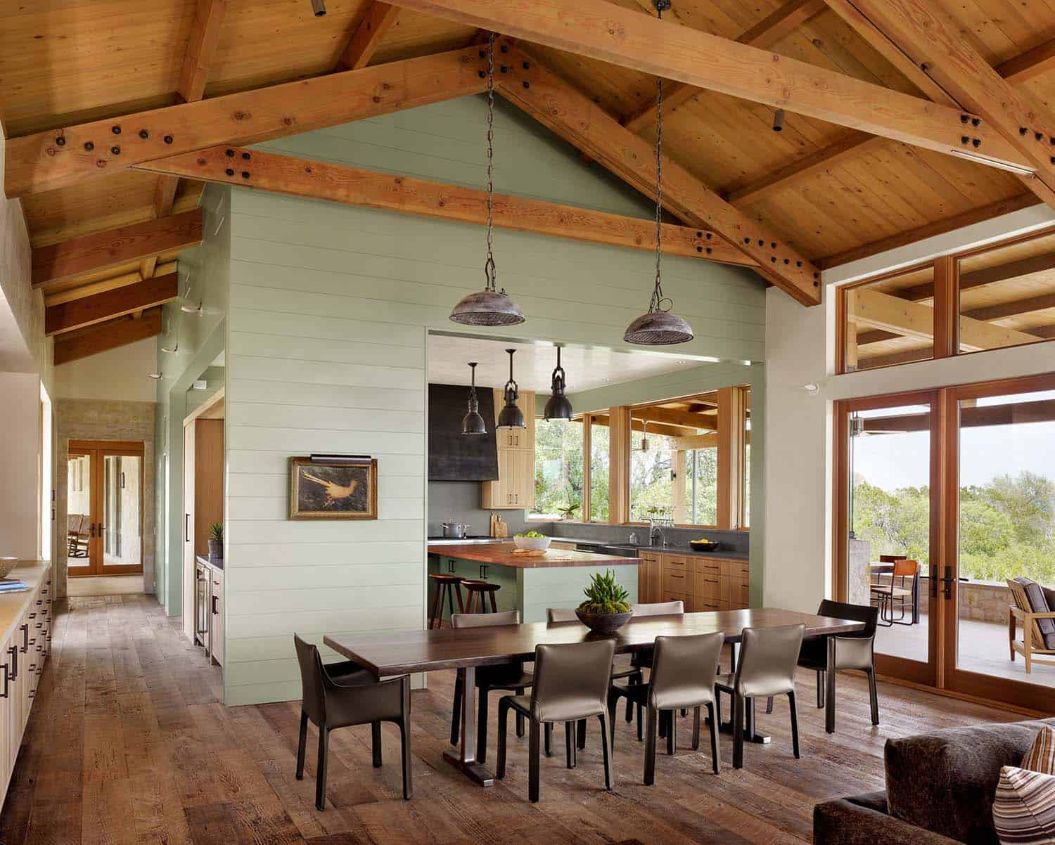 ranch-farmhouse-dining-room