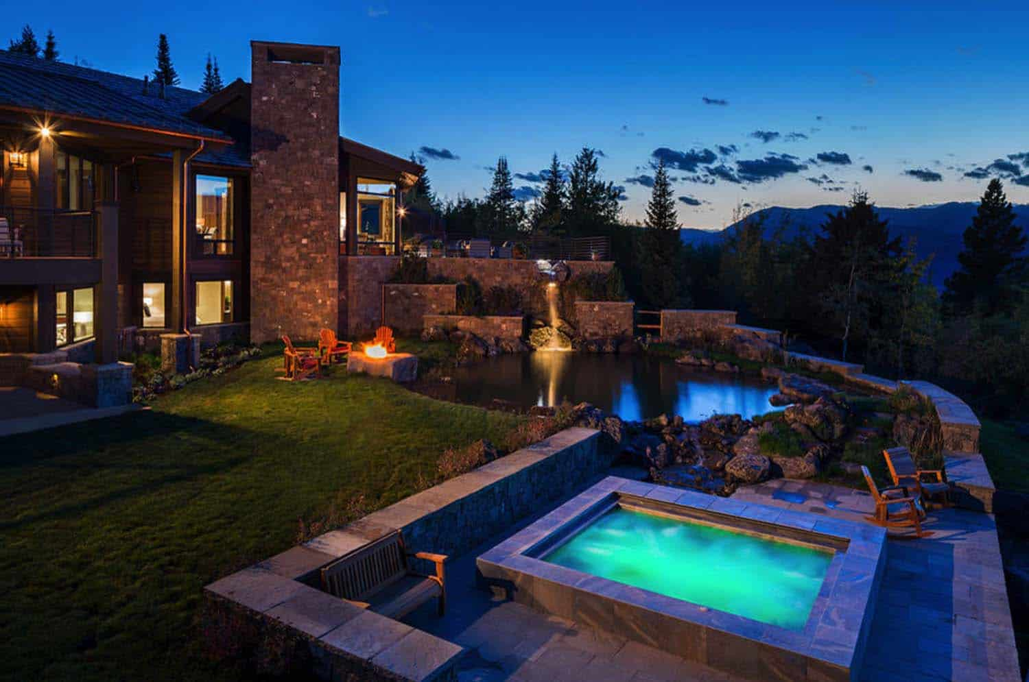 rustic-outdoor-pool