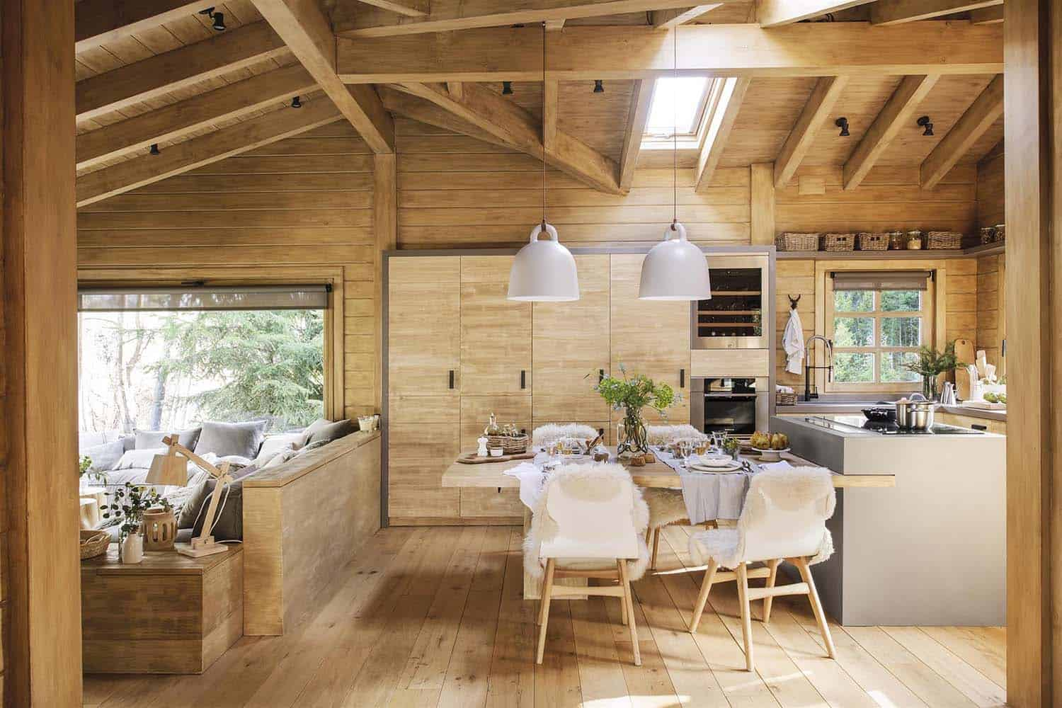 rustic-dream-cabin-dining-room