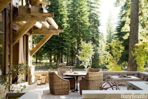 featured posts image for Mountain getaway with rustic yet refined style in California's High Sierra
