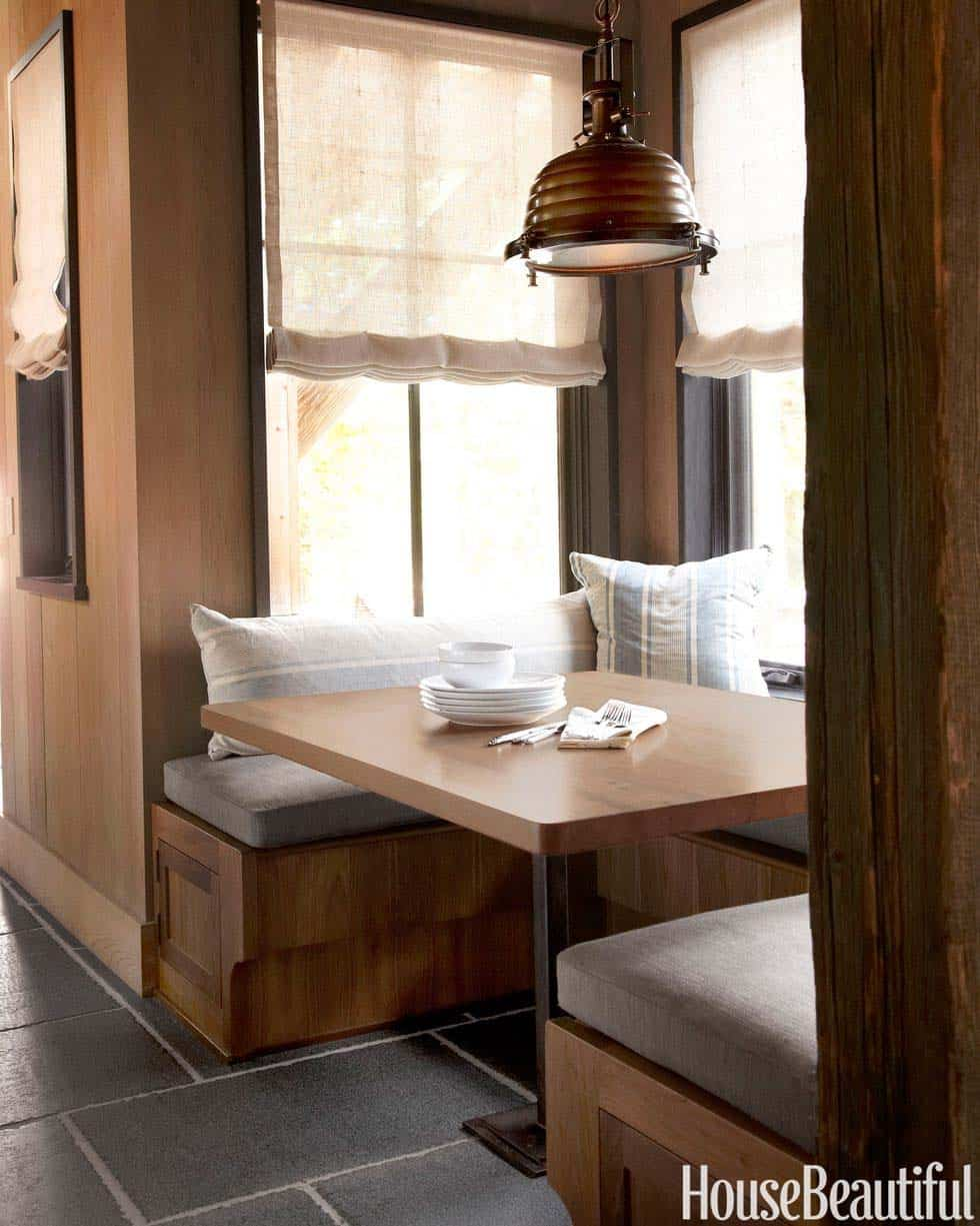 mountain-getaway-breakfast-nook