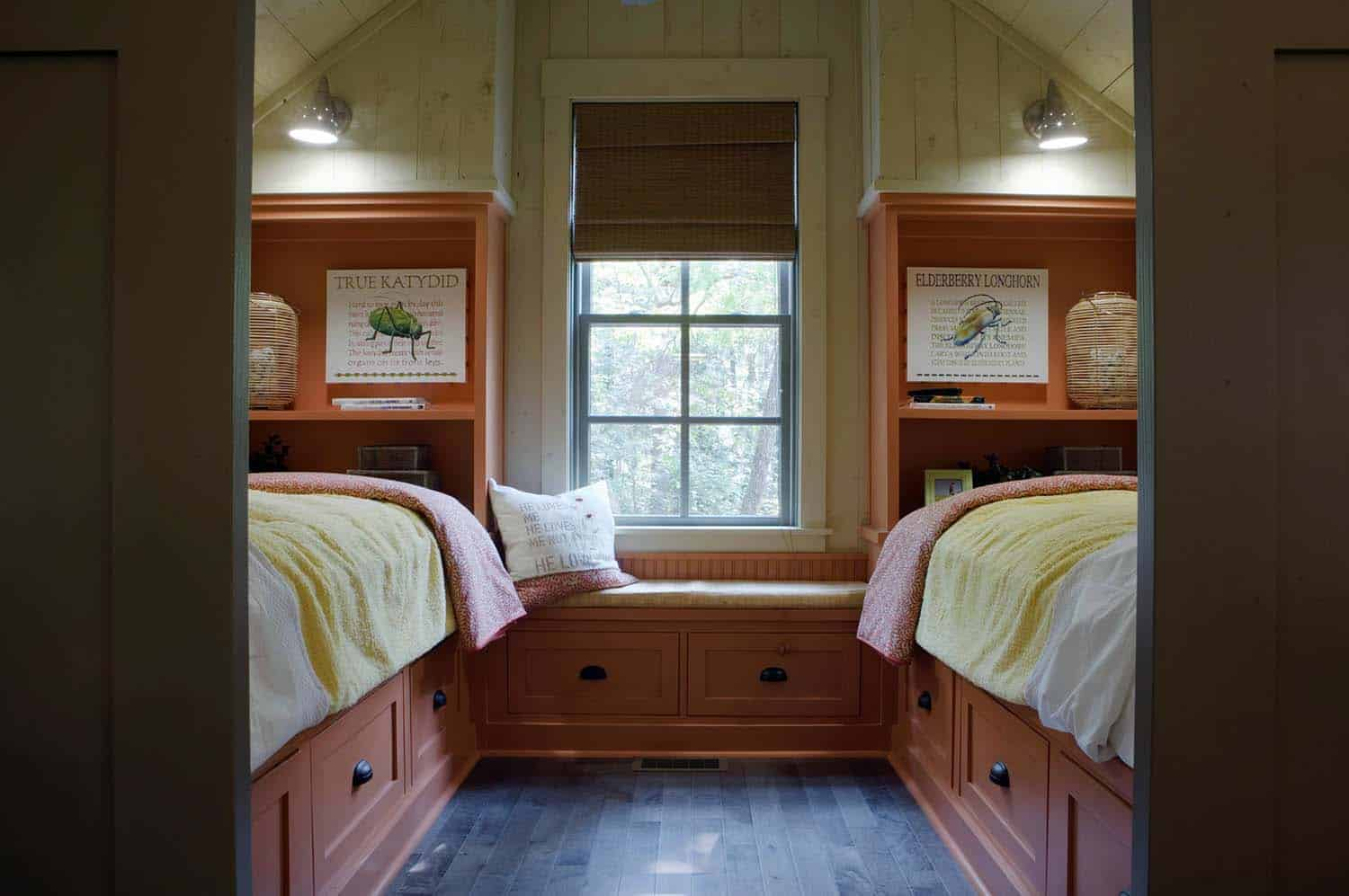 cottage-farmhouse-kids-bedroom