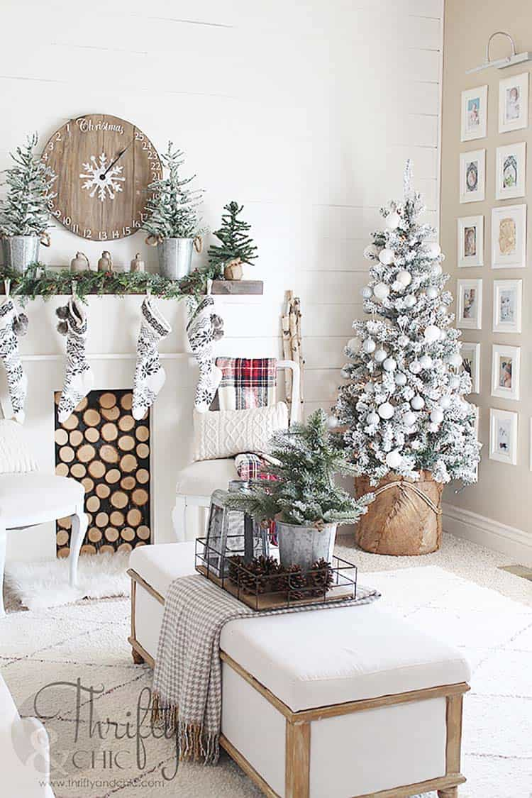 farmhouse-style-christmas-tree