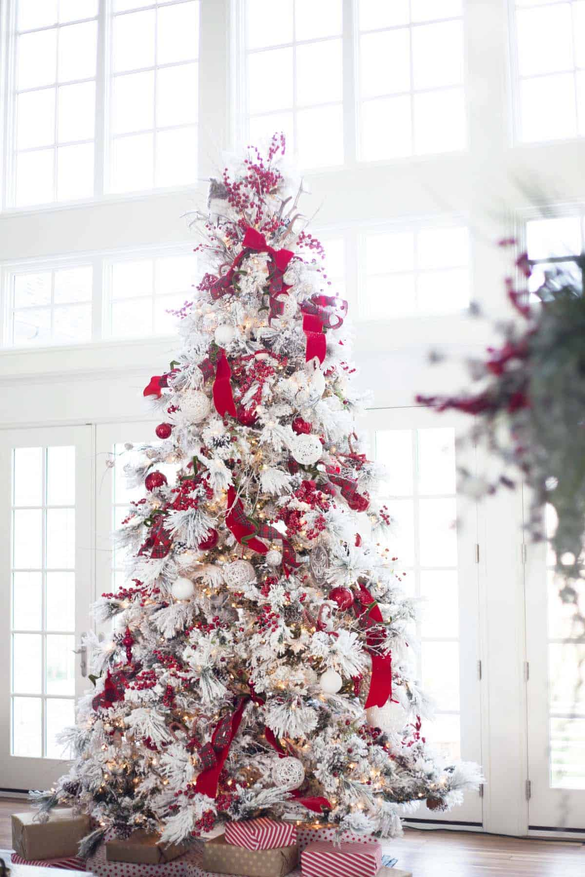 flocked-red-christmas-tree