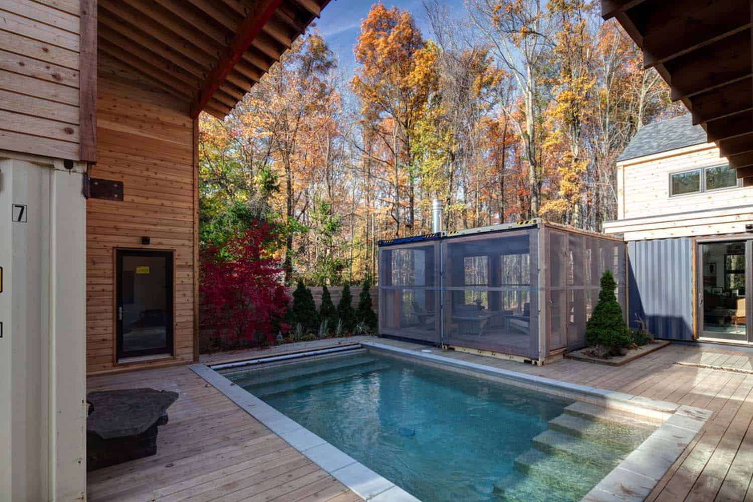 contemporary-container-home-pool