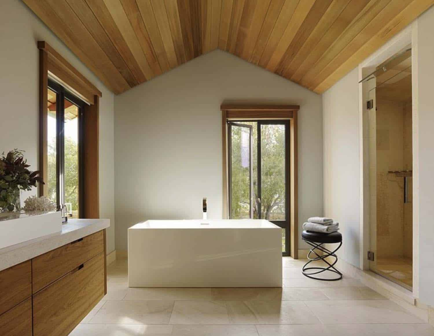 contemporary-farmhouse-bathroom