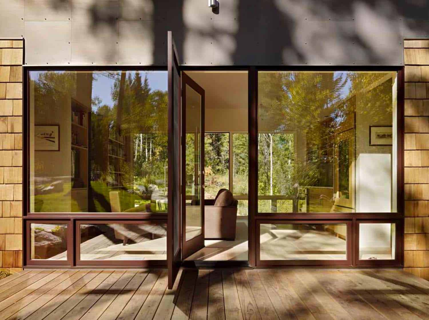 guest-house-contemporary-entry