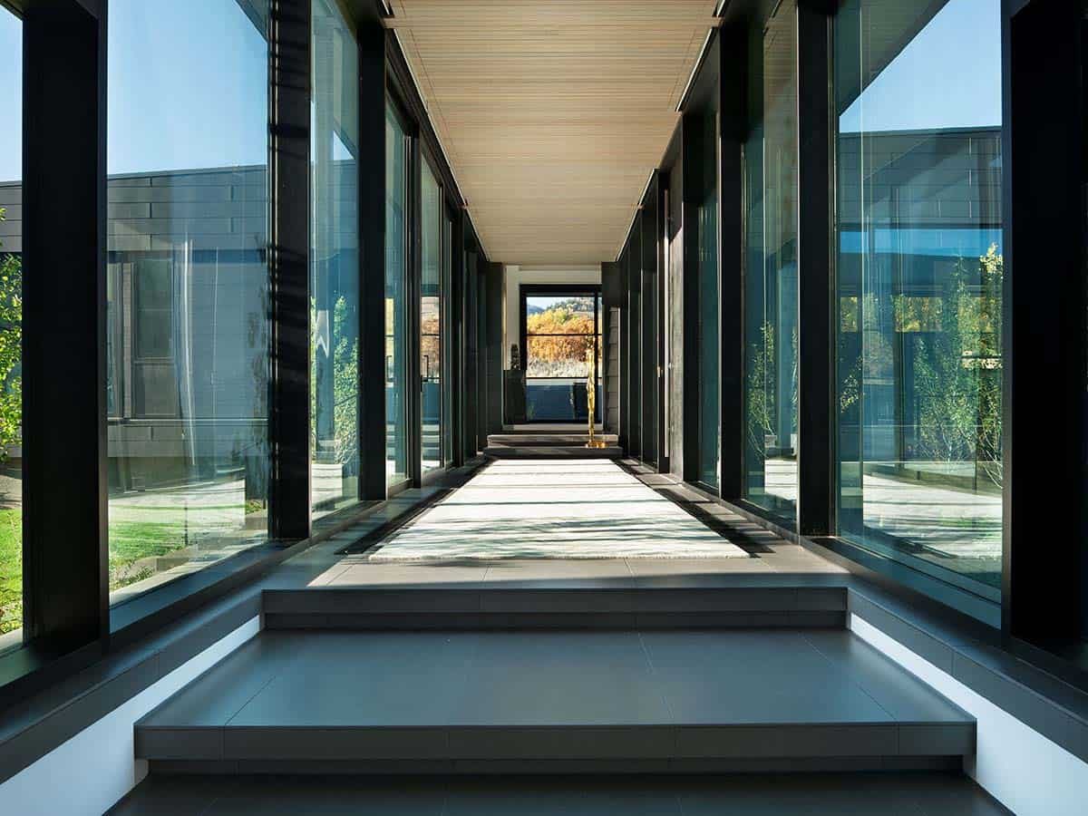 contemporary-house-hall