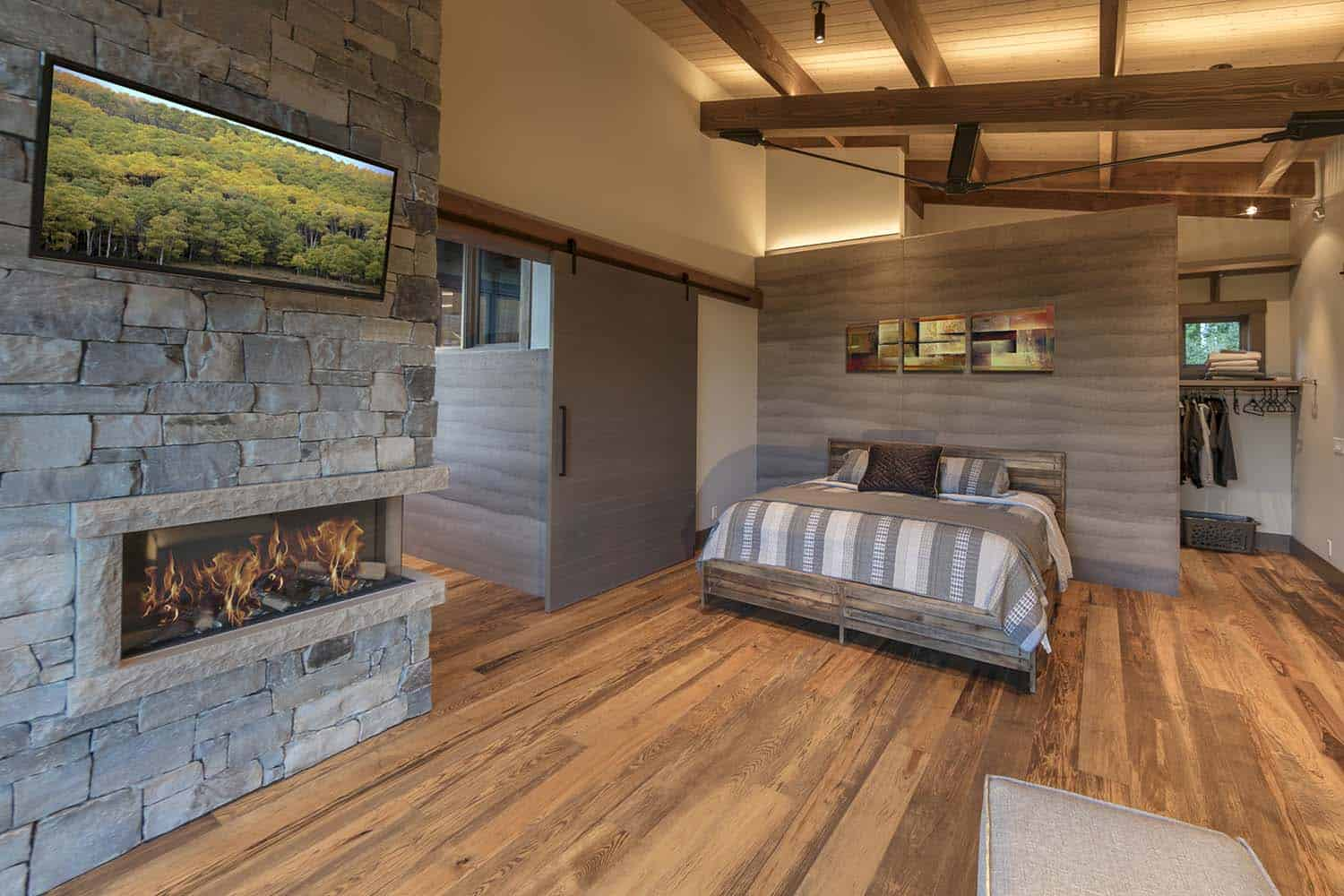 contemporary-mountain-cabin-bedroom