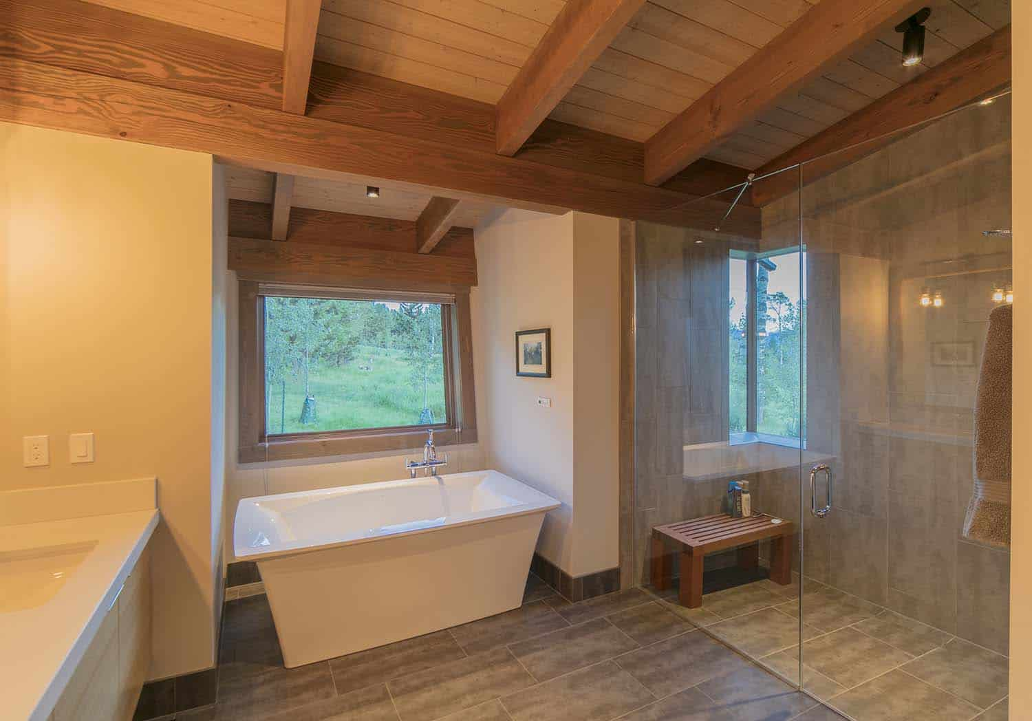 contemporary-mountain-cabin-bathroom