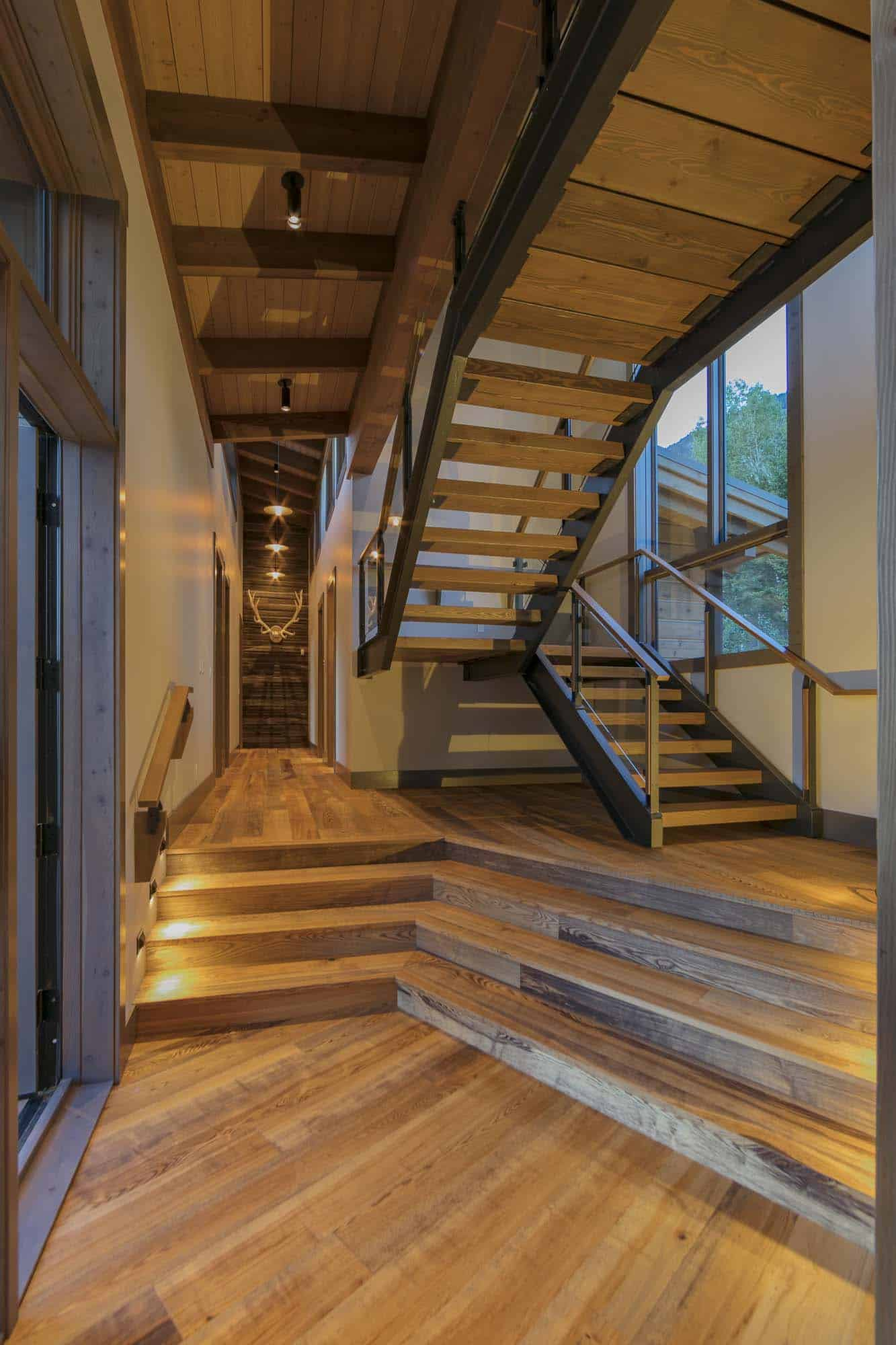 contemporary-mountain-cabin-staircase