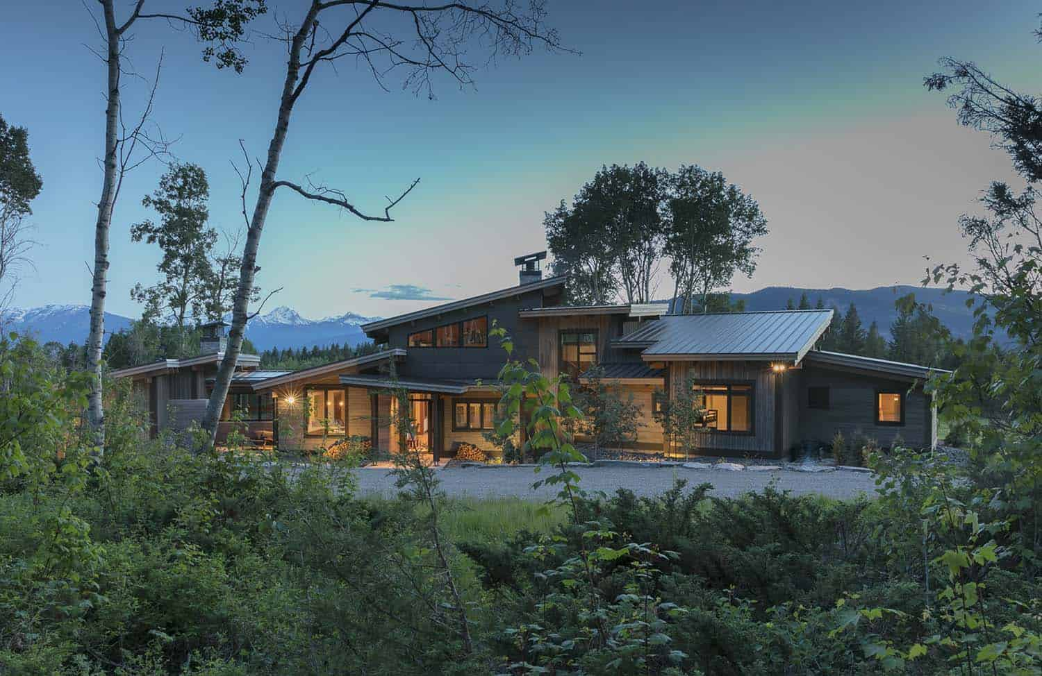 contemporary-mountain-cabin-exterior
