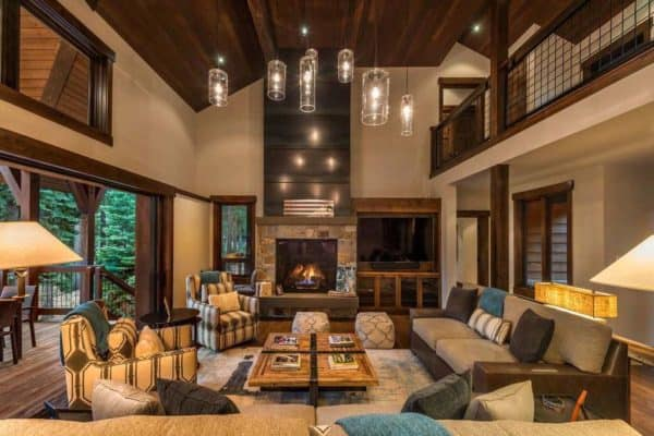 featured posts image for Mountain retreat exudes a Tahoe lodge exterior of cedar and stone