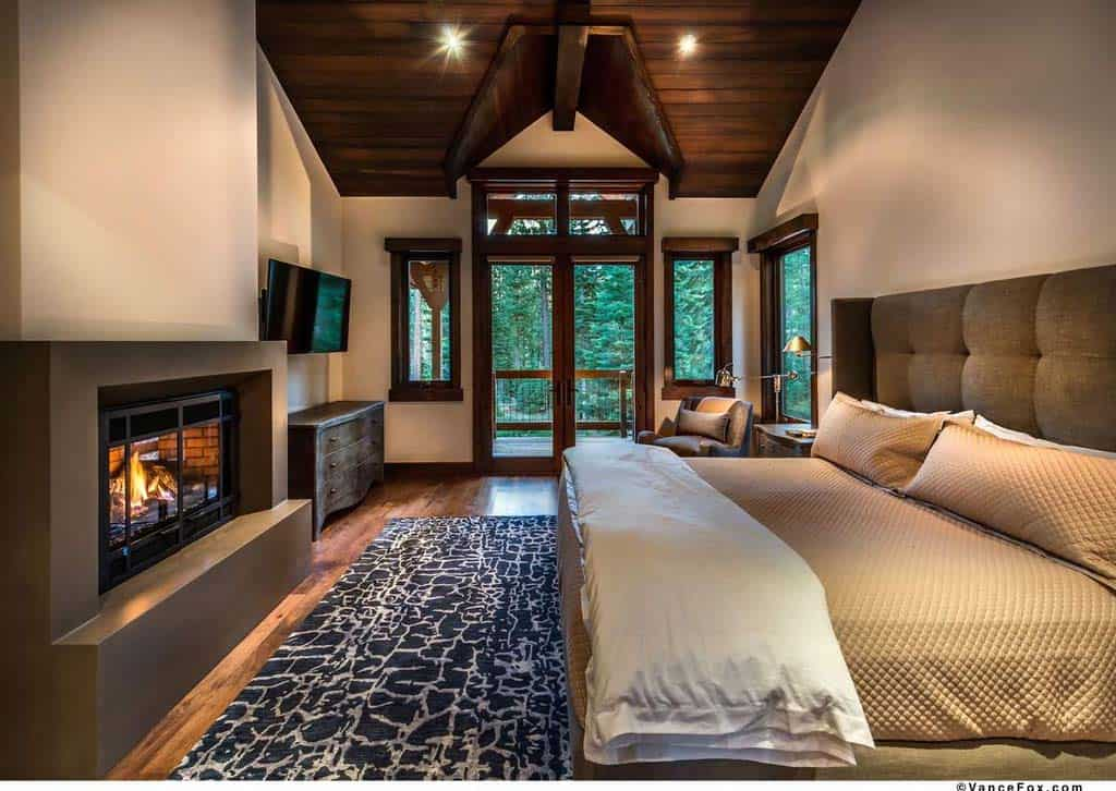contemporary-mountain-home-bedroom