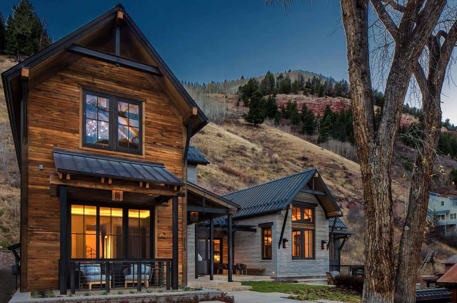 mountain-home-rustic-exterior