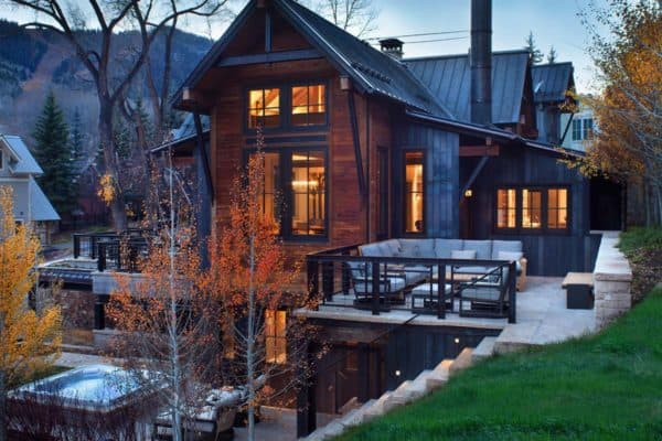 featured posts image for Fabulous home with reclaimed timbers set into a mountainside in Telluride