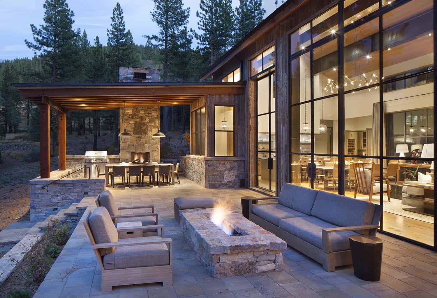 contemporary-rustic-mountain-home-patio