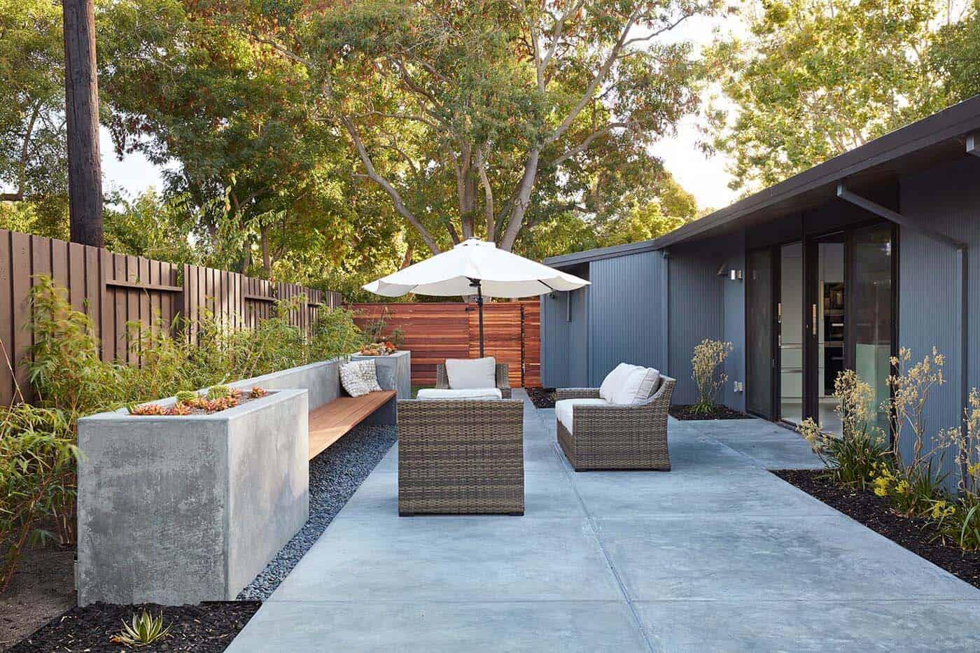 eichler-remodel-midcentury-exterior-patio