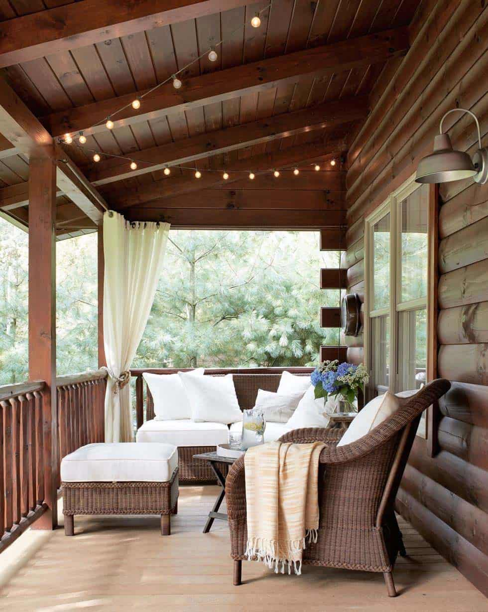 lake-house-covered-porch
