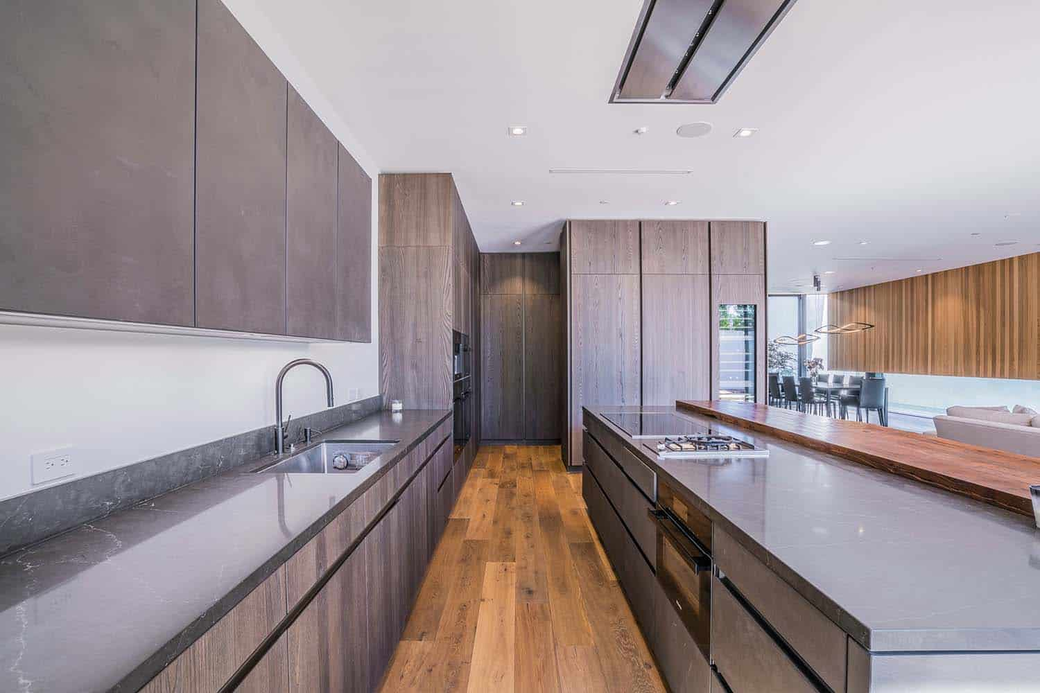 contemporary-home-kitchen