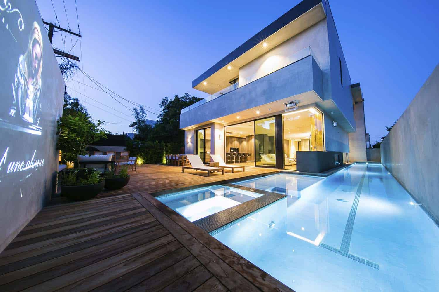 contemporary-home-swimming-pool