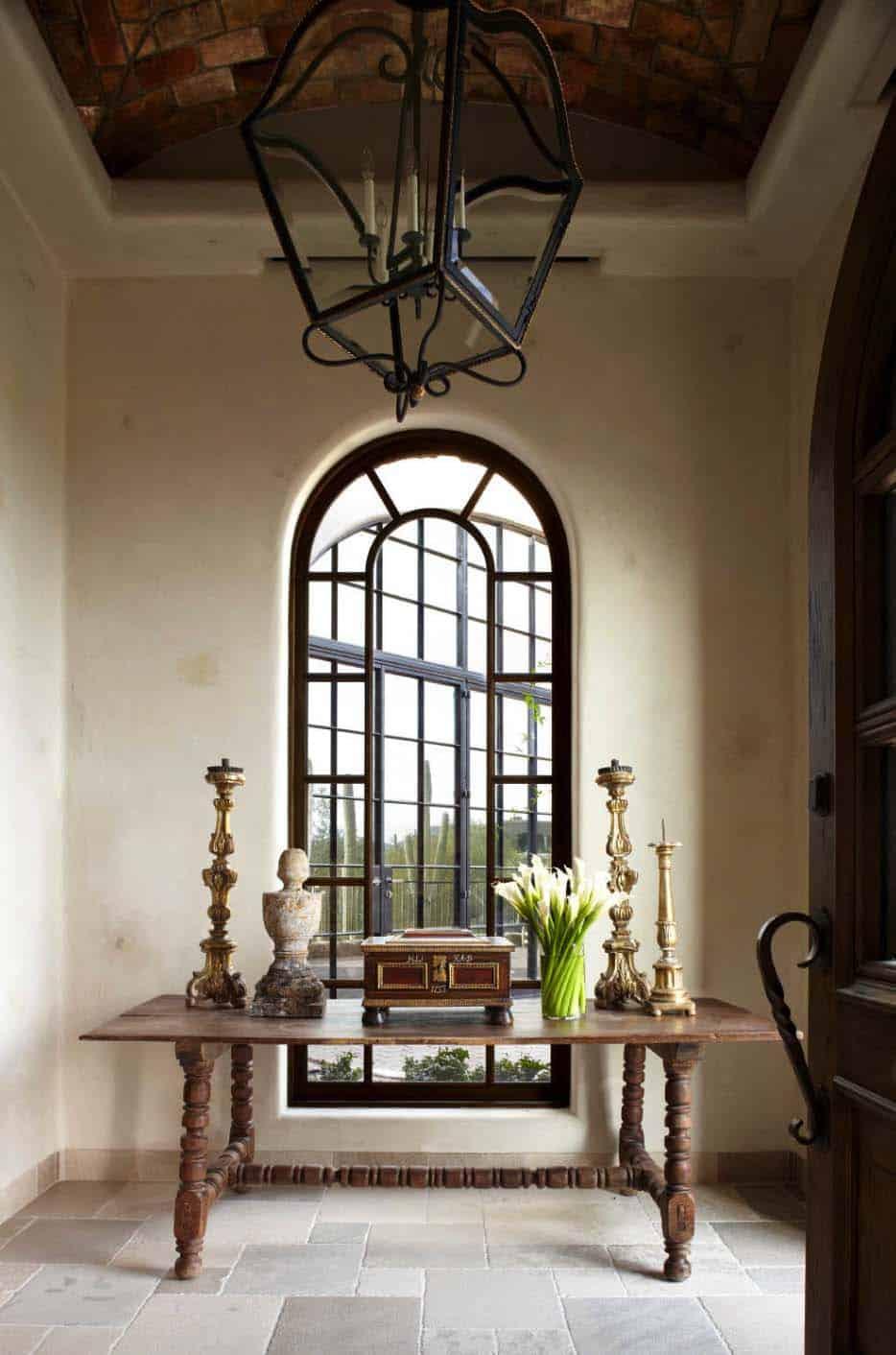 mediterranean-style-home-entry
