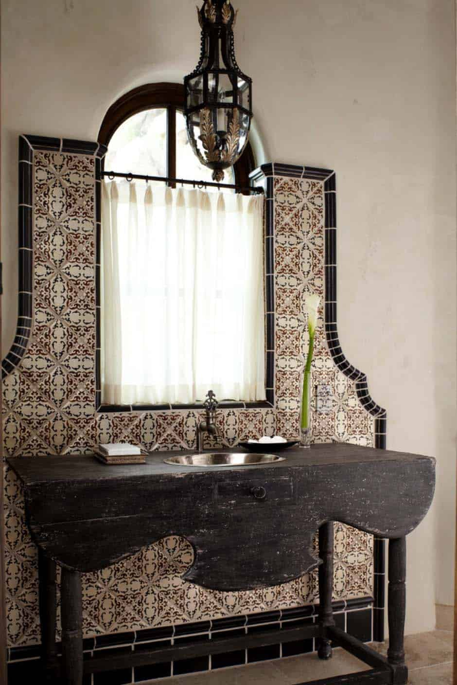 mediterranean-style-home-powder-room