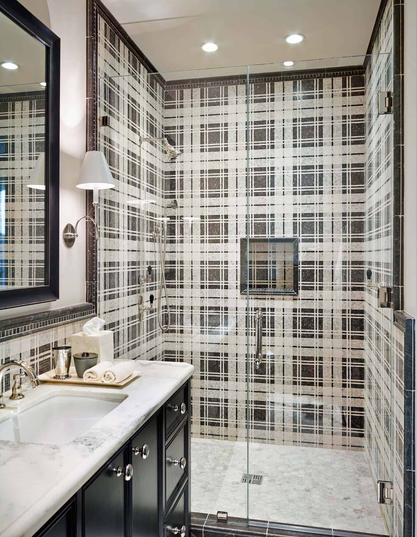 mediterranean-style-bathroom