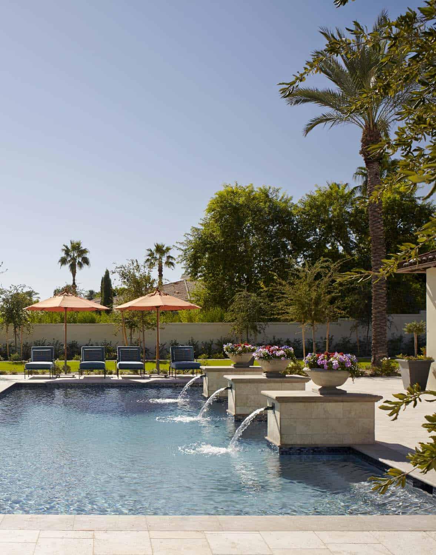 mediterranean-style-pool