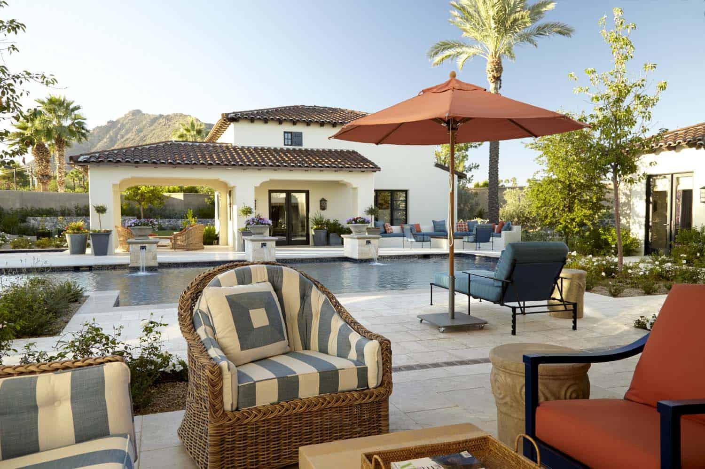 mediterranean-style-patio