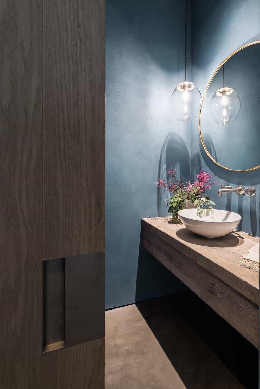 modern-farmhouse-retreat-powder-bathroom