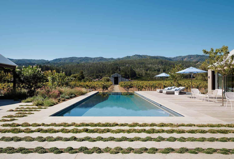 modern-farmhouse-retreat-swimming-pool