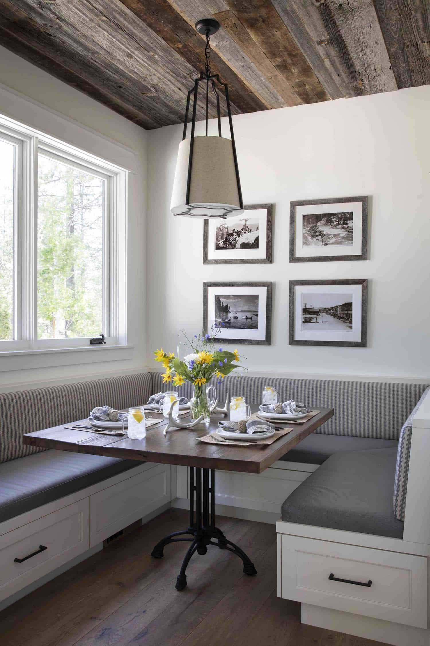 mountain-farmhouse-style-kitchen-breakfast-nook