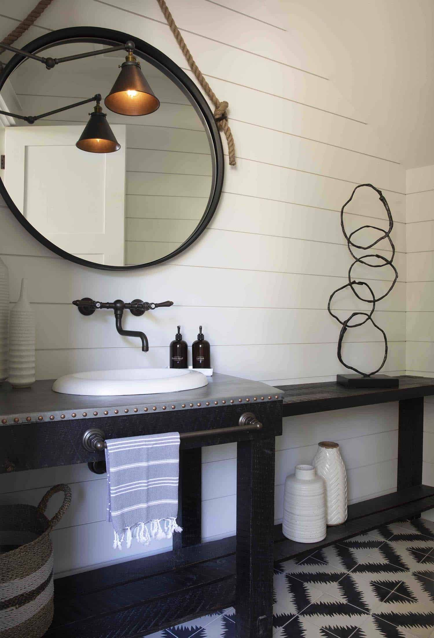 mountain-farmhouse-style-powder-bathroom