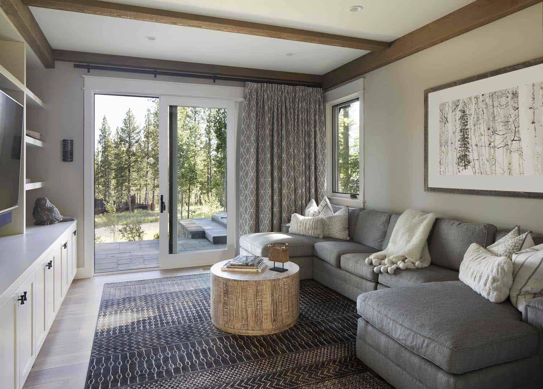 mountain-farmhouse-style-family-room
