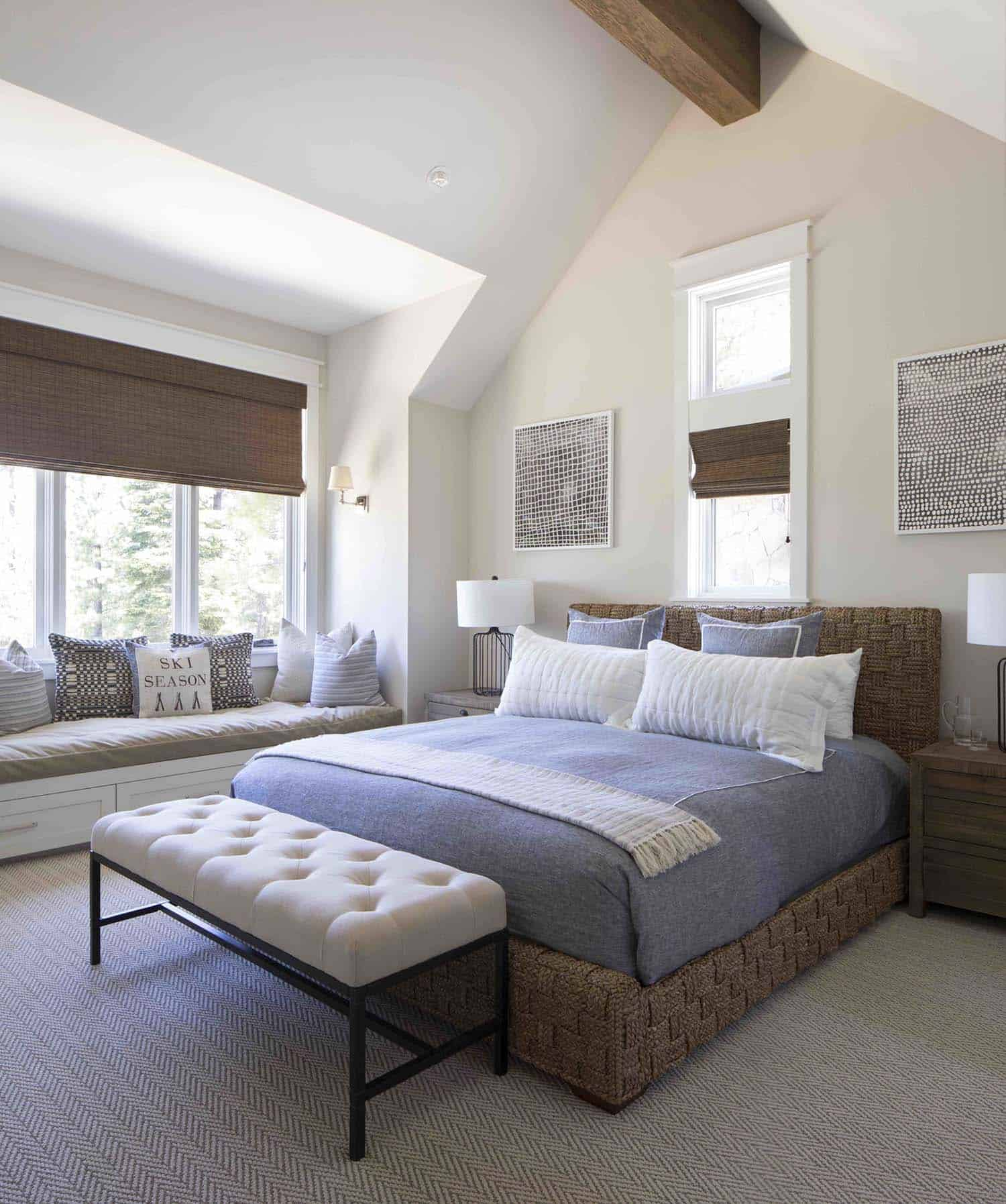 mountain-farmhouse-style-bedroom