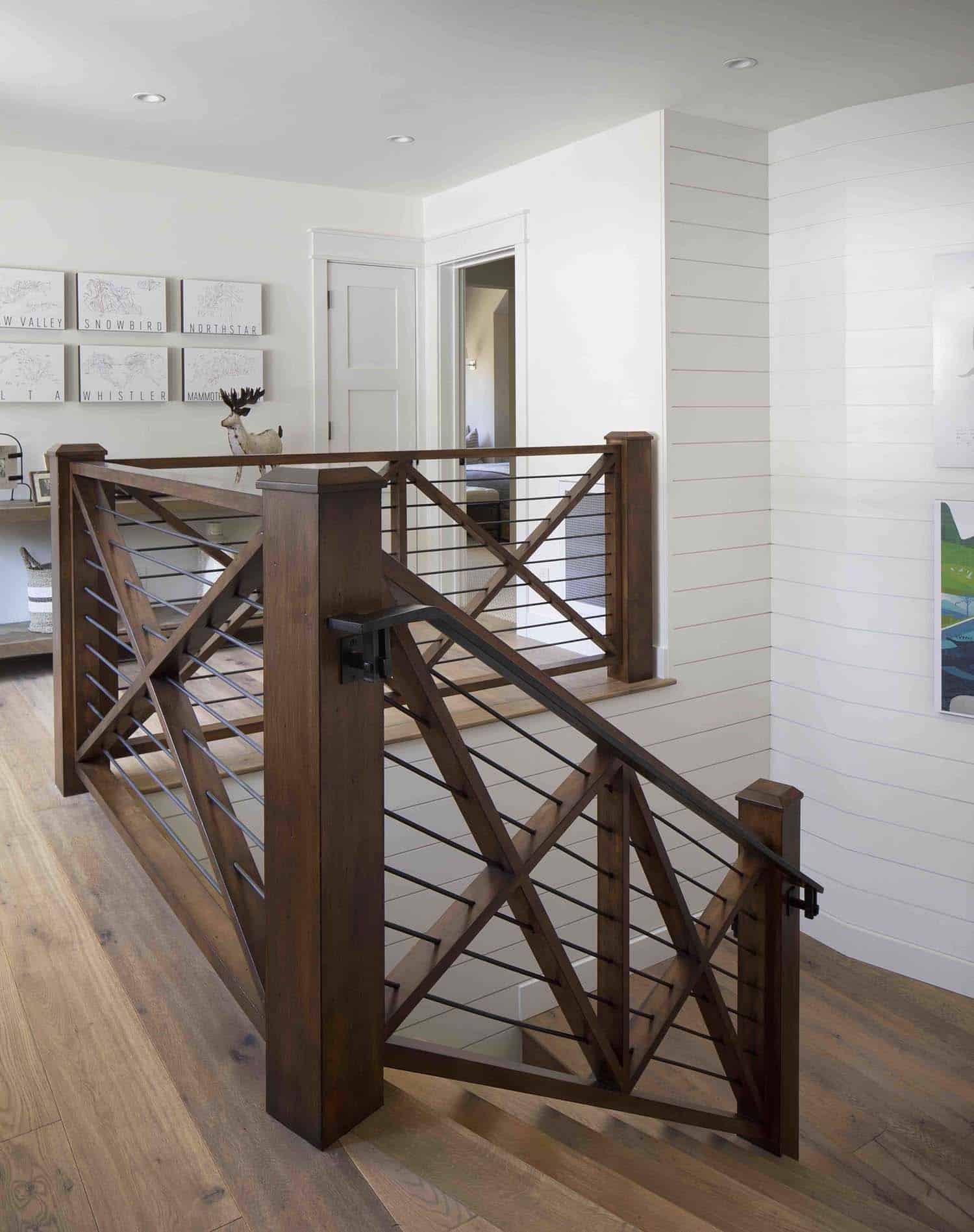 mountain-farmhouse-style-staircase-landing
